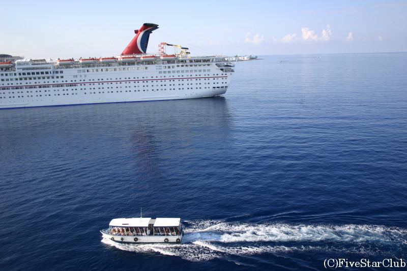 カリブ海クルーズ船 「カーニバル号」
