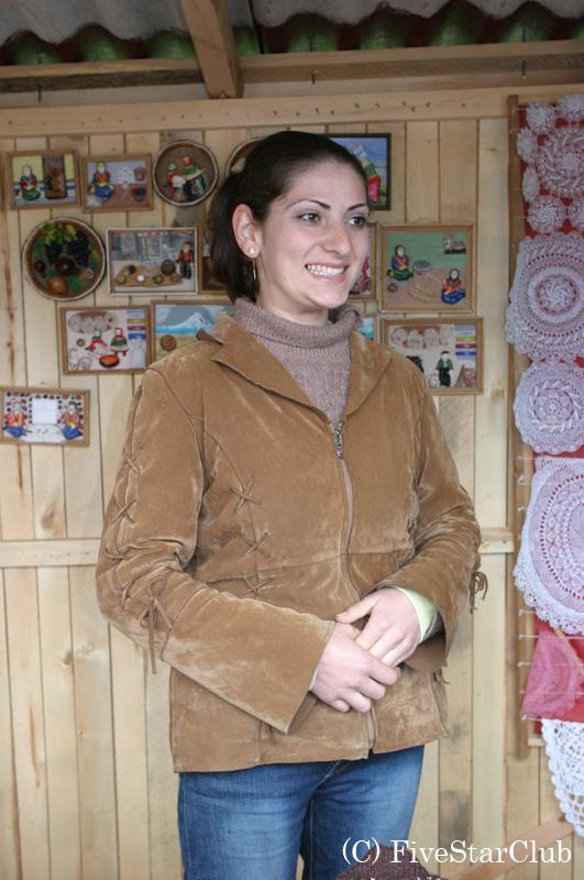 売店の女性