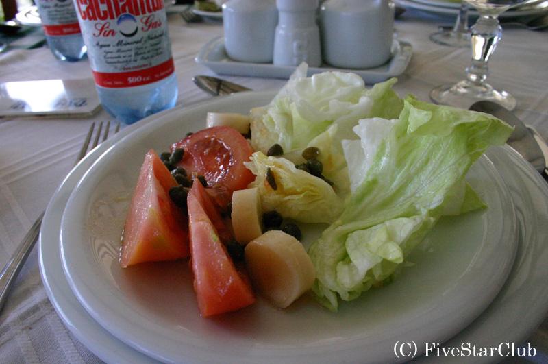 H.タハタイのレストラン