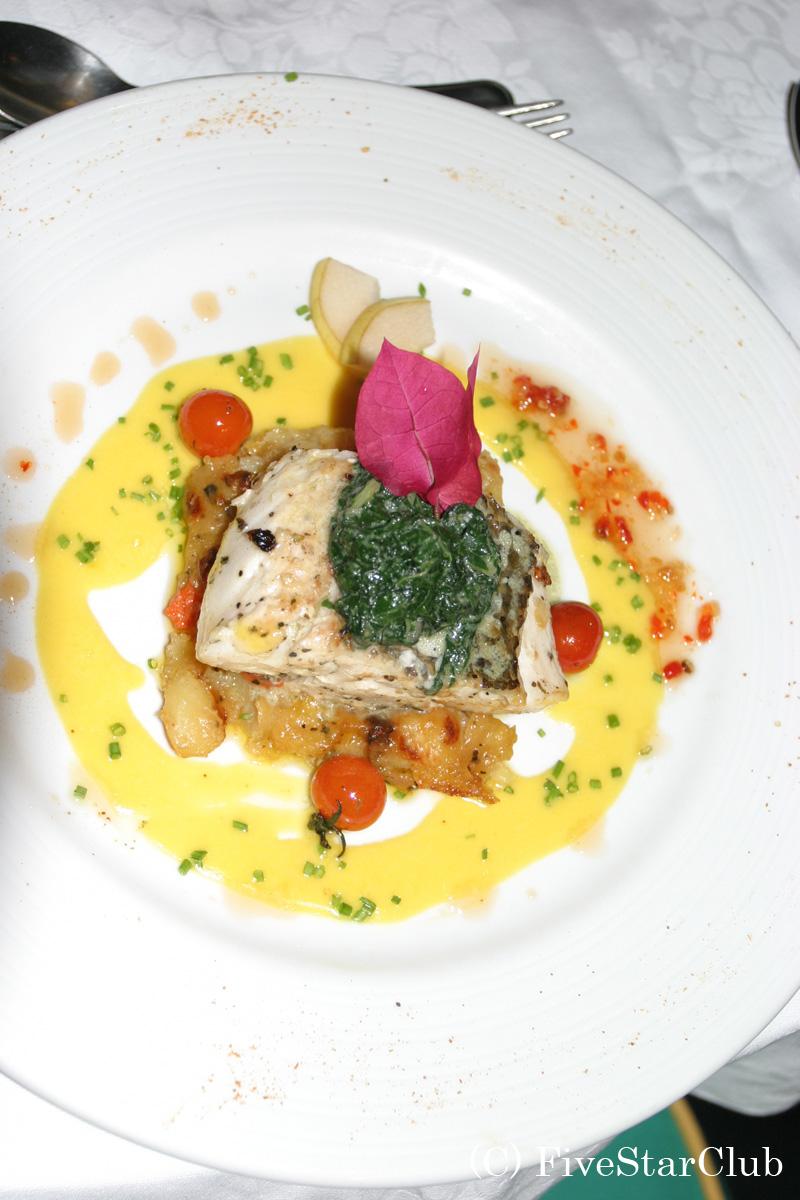H.タージデニスアイランドロッジの食事