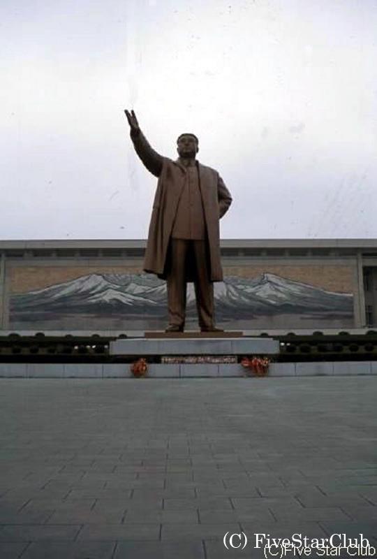 金日成主席の銅像