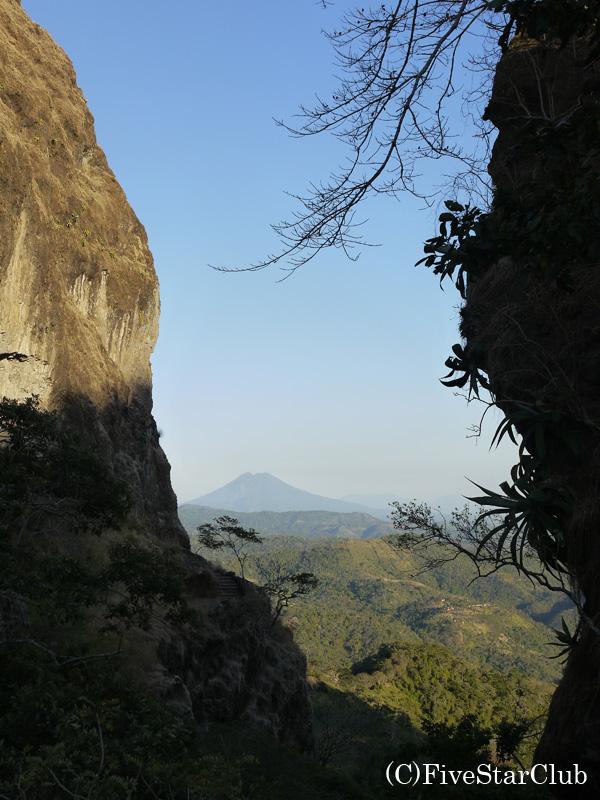 悪魔の門 ラ・プエルタ・デル・ディアブロ