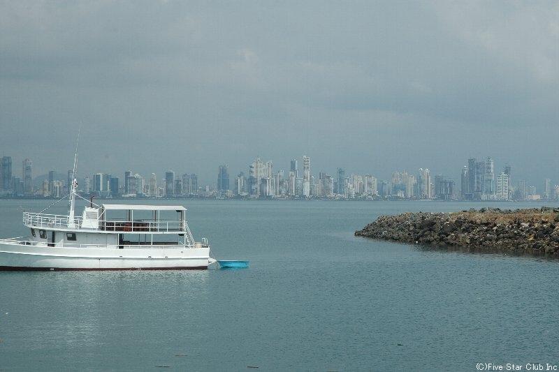 パナマシティ遠景