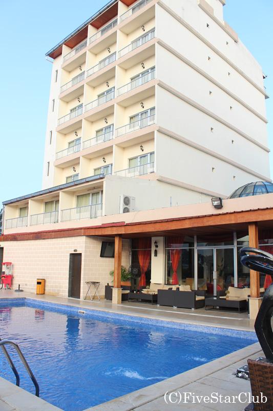 ホテル ミカエル