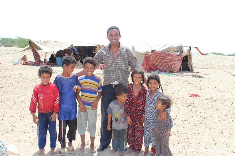 難民キャンプの子供たち