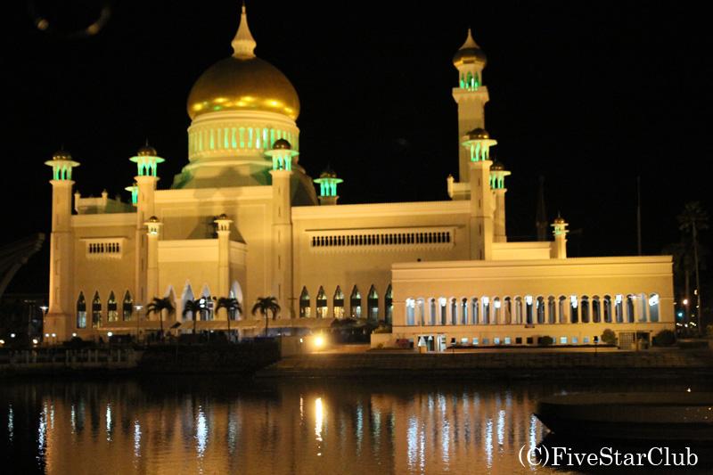 旧モスク・ライトアップ