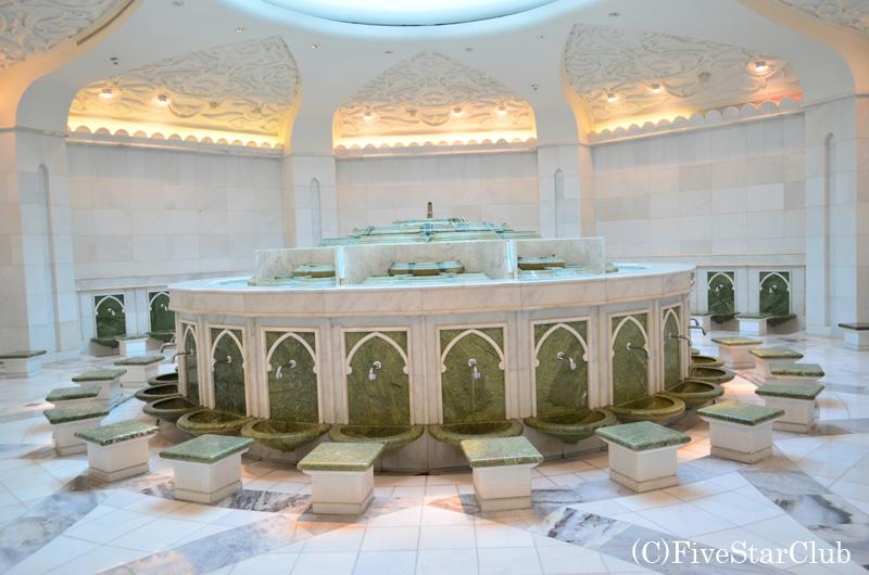 シェイクザイードモスク お手洗い