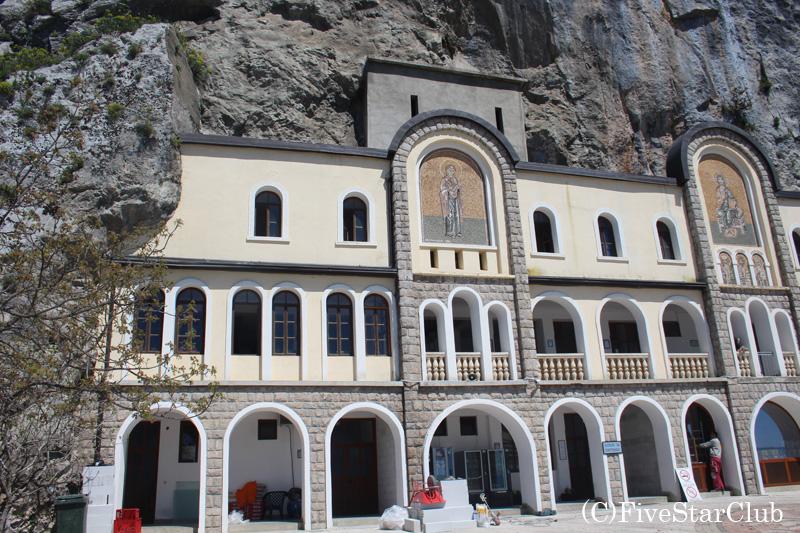 オストログ修道院