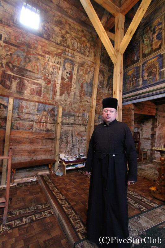 世界遺産ポテリチの木造教会にて