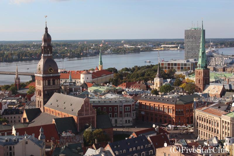 聖ペテロ教会の塔からの眺め