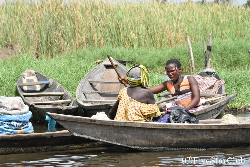 水上集落の女性たち