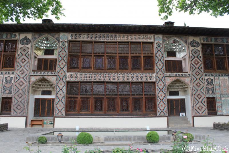 ハン・サラユ(シェキハーンの夏の宮殿)