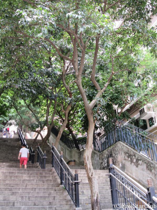 オシャレな階段の風景