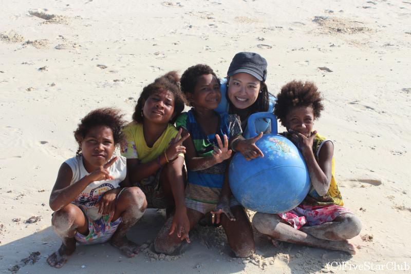 フィッシャーマンアイランド/島の子供たち