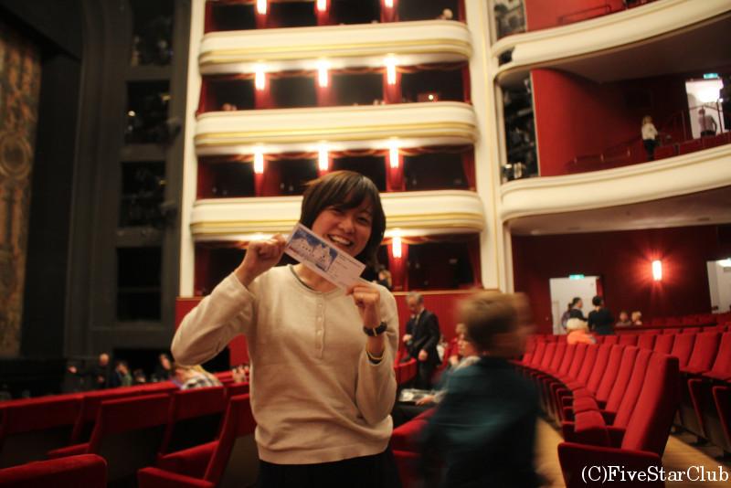 今回の旅のハイライト、フォルクスオーパーにてオペラ鑑賞