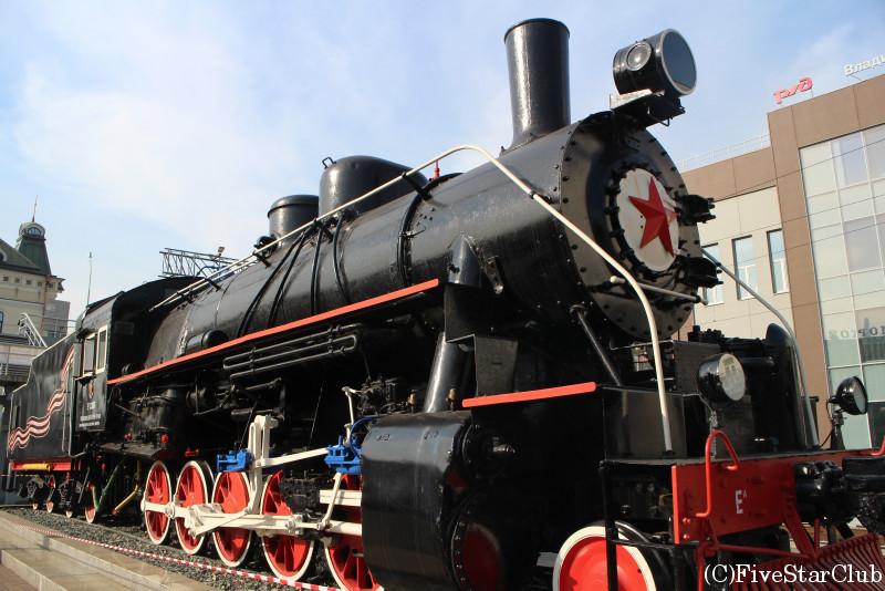 ウラジオストク駅(第2次世界時代の蒸気機関車)