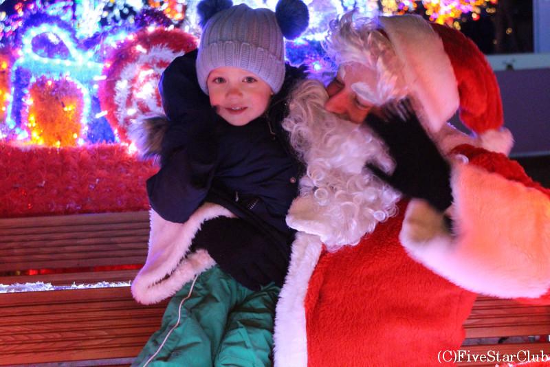 ザグレブ近郊のクリスマスストーリーのサンタさん