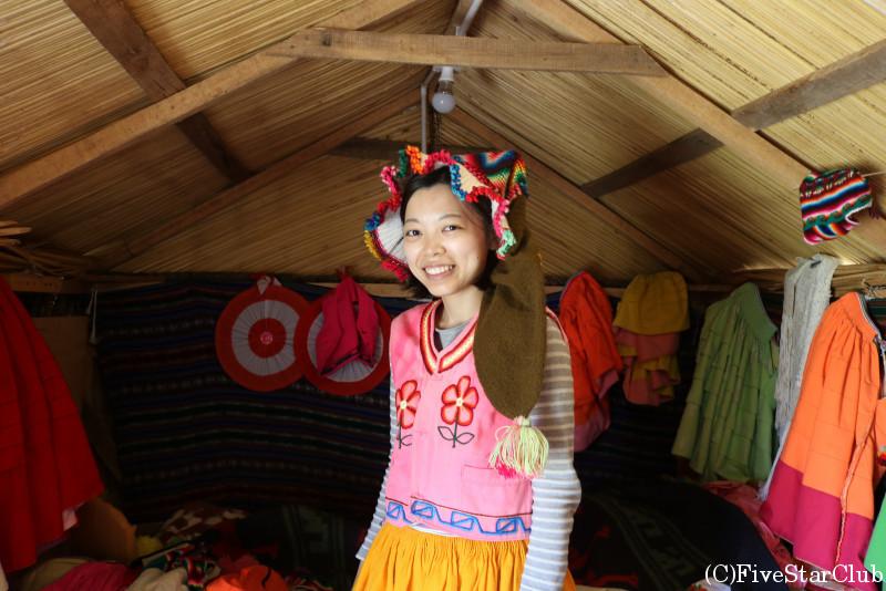 ウロス島にて民族衣装