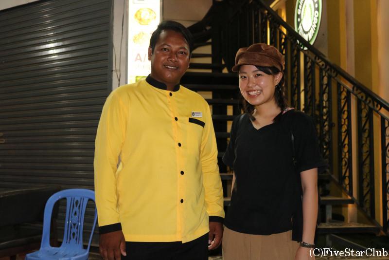 レストラン YELLOW MANGOの店員さん