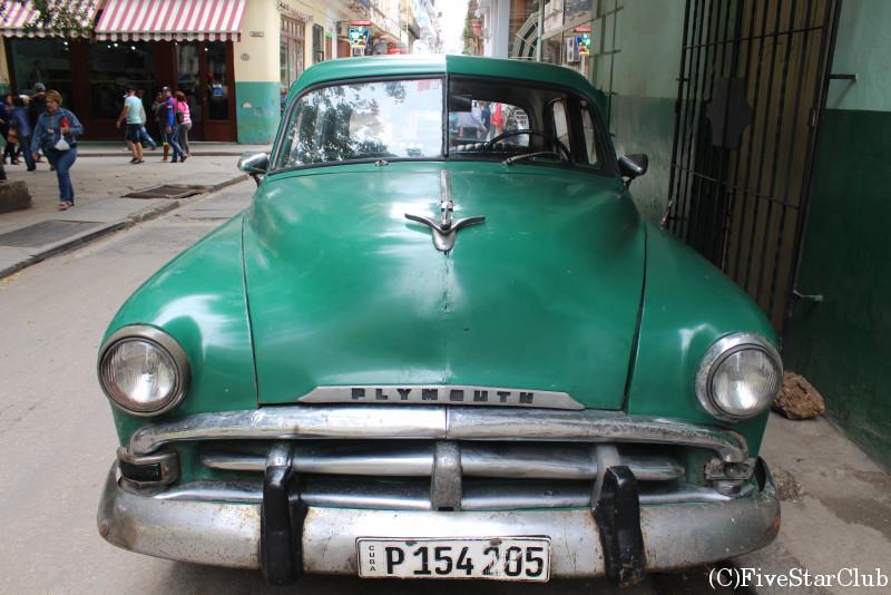キューバ名物のクラシックカー