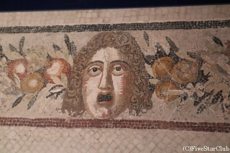 ローマ古美術館 モザイクの床