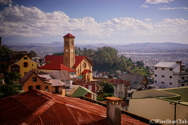 旧首相官邸近くからのアンタナナリボの街並み