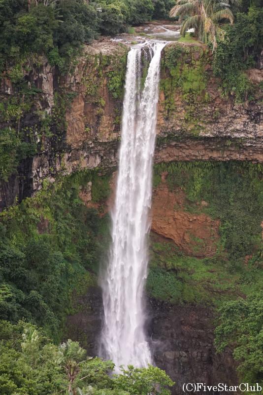 シャマレルの滝