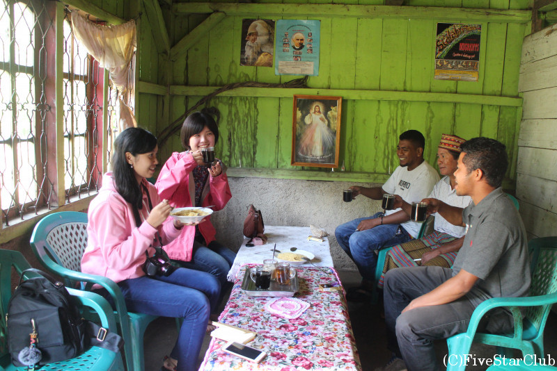 フローレス島の奥地ルテンのコーヒー農家訪問