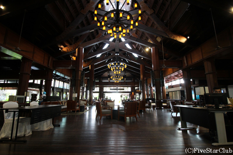 MERITUS PELANGI BEACH RESORT&SPA ロビー