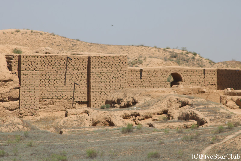 パルティア人の遺跡ニサ