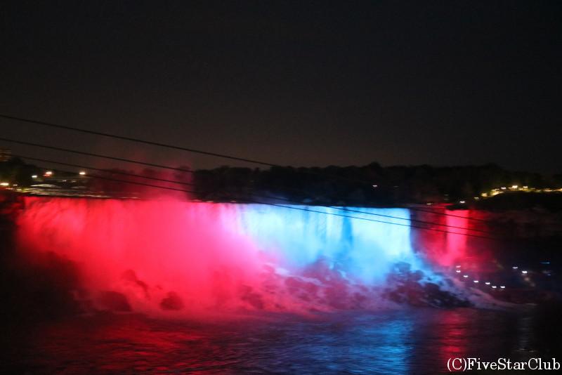 ナイアガラの滝のライトアップ アメリカ滝