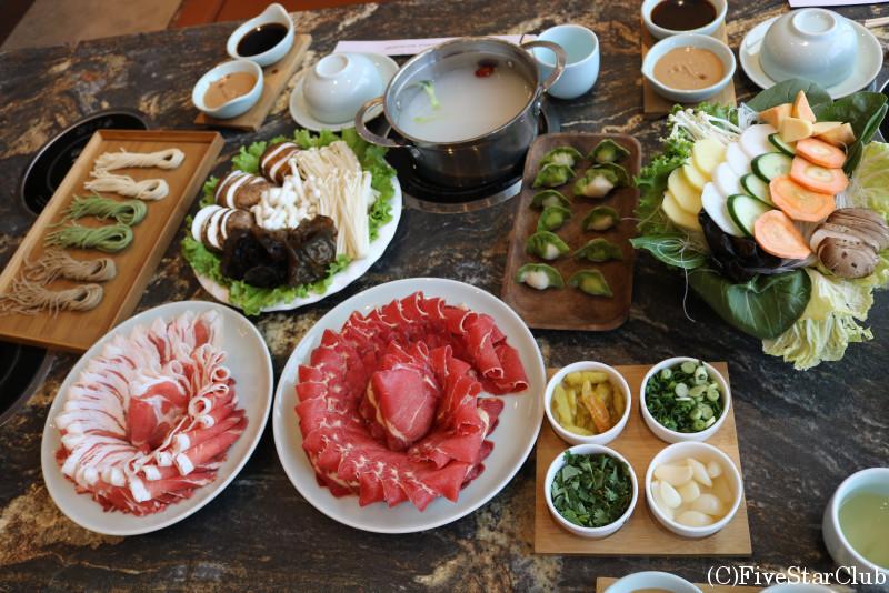 火鍋が楽しめるレストラン「MONGORIAN HOT POT RESTAURANT」