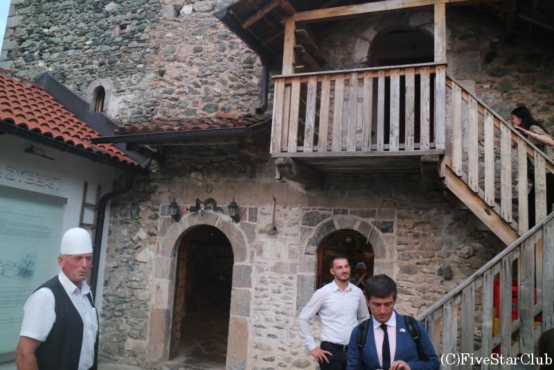 伝統的な石造りの家、クーラにて