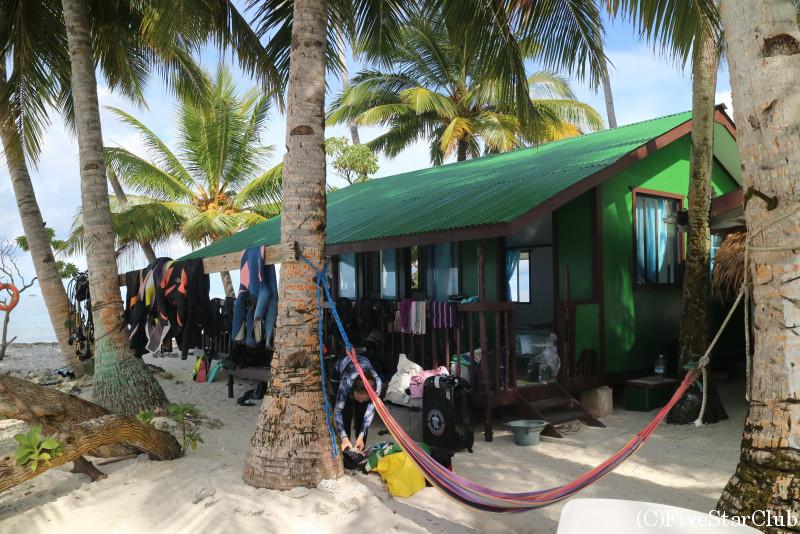 ジープ島にはダイバーもたくさん集まる