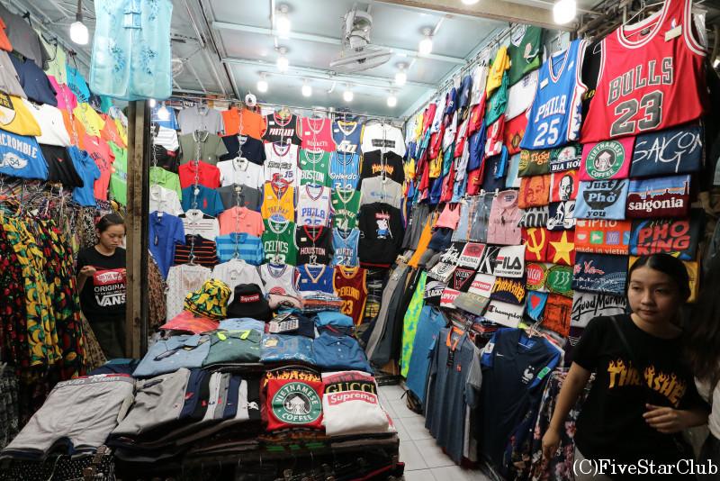 ベンタイン市場/衣料品店