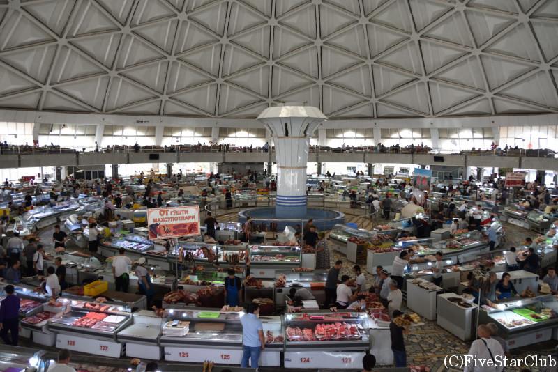 チョルスーバザール 1階の肉売り場