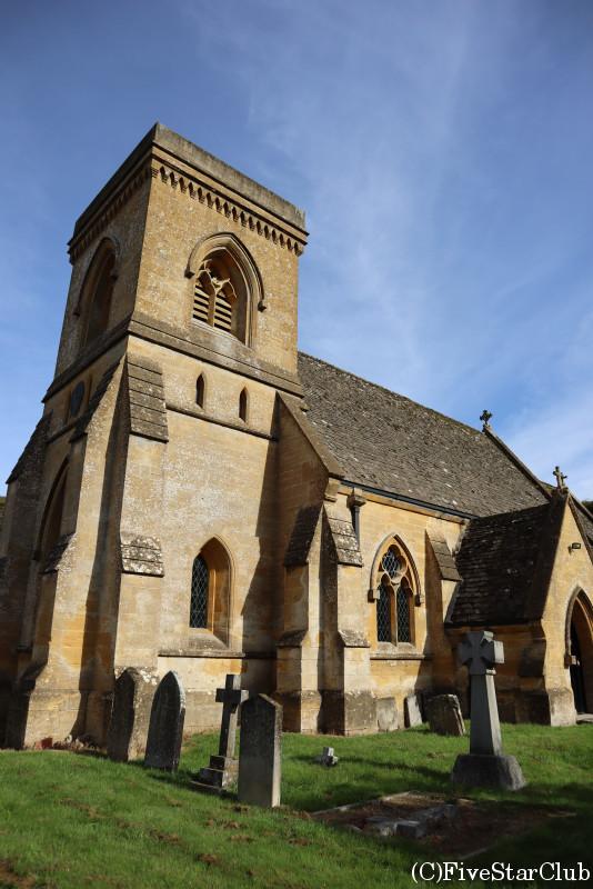 スノースヒル村の教会