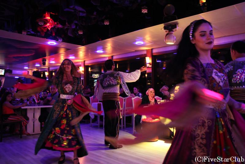 トルコ流フォークダンス