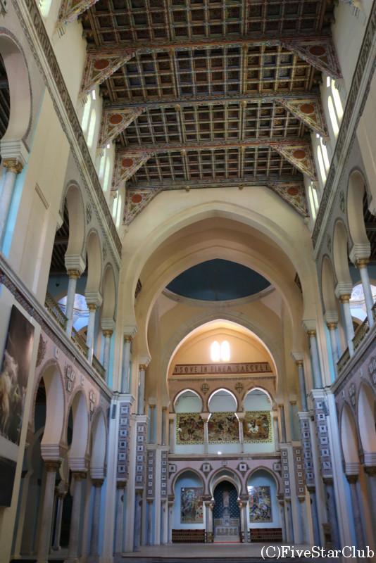 サン・ルイ教会