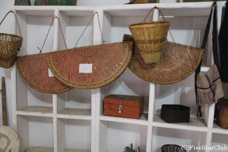 ガーレ村の民族博物館では暮らしを支えてきた道具たちが並ぶ