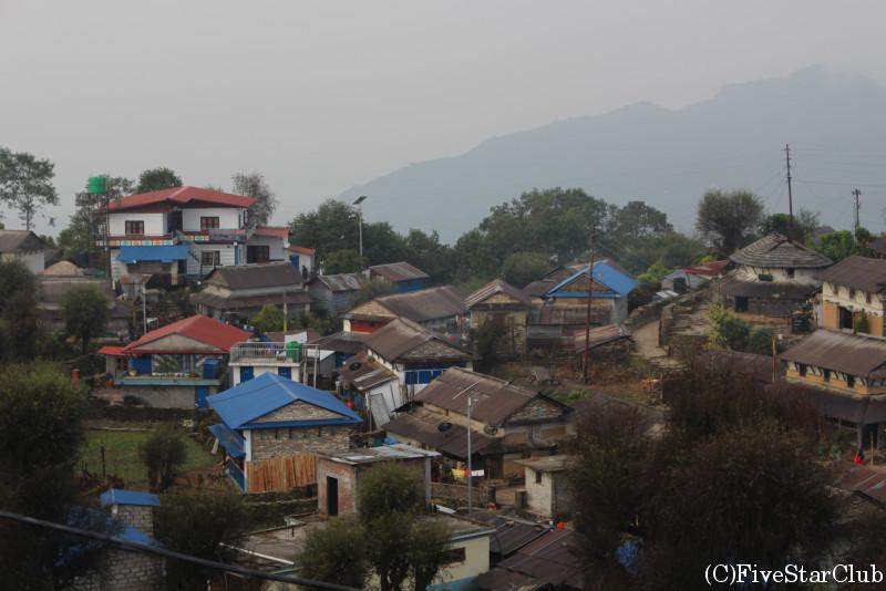 展望台から見たガーレ村