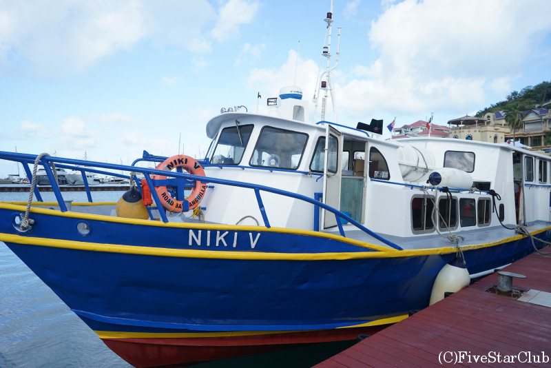 アンギラ島とセントマーチンを結ぶ高速船