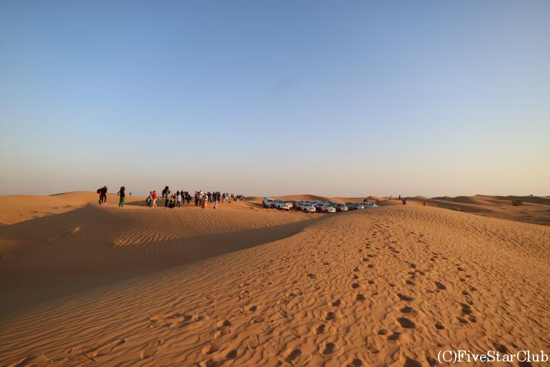 夕暮れの砂漠