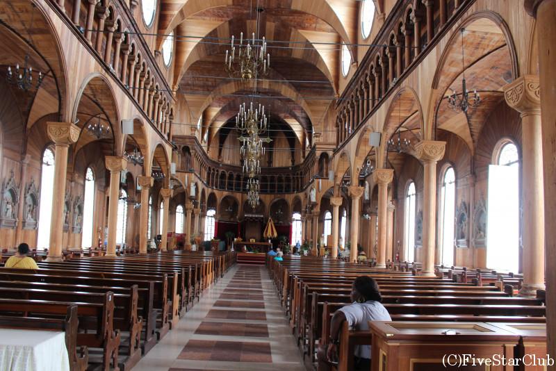 セントピーター&セントポール大聖堂(パラマリボ市街歴史地区)