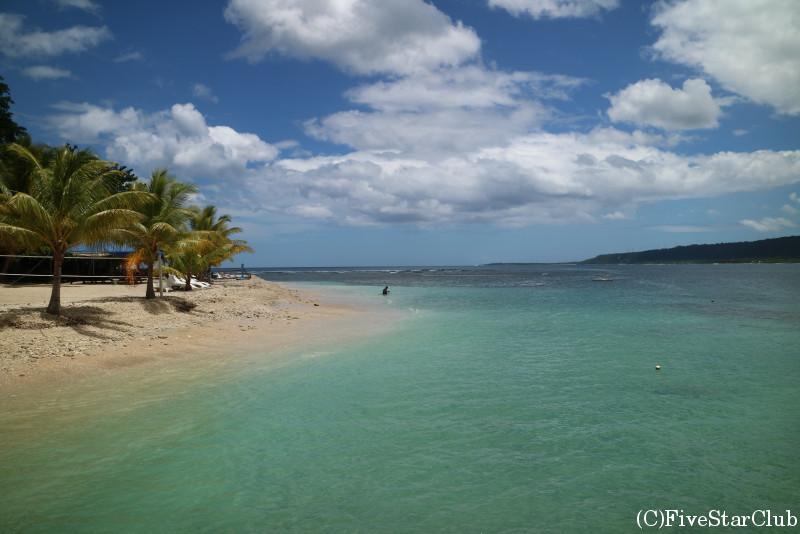 ハイダウェイ島のビーチ
