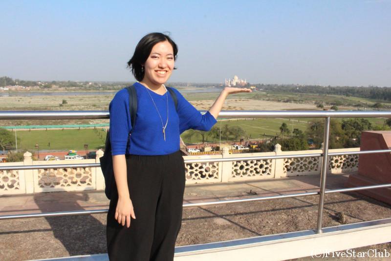 アグラ城から見るタージマハール