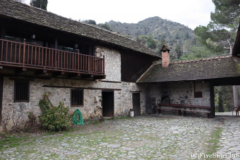 カロパナイオティス村 アイオス・イオアニス・ランパディスティス教会 世界遺産