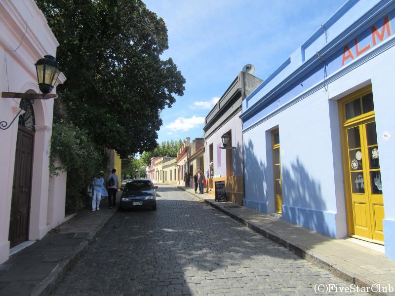 のどかな旧市街を散策