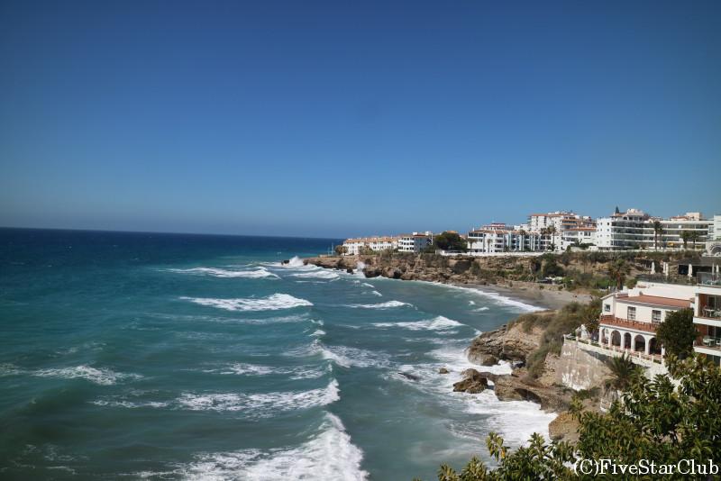 アンダルシアの楽園 ネルハの青い海