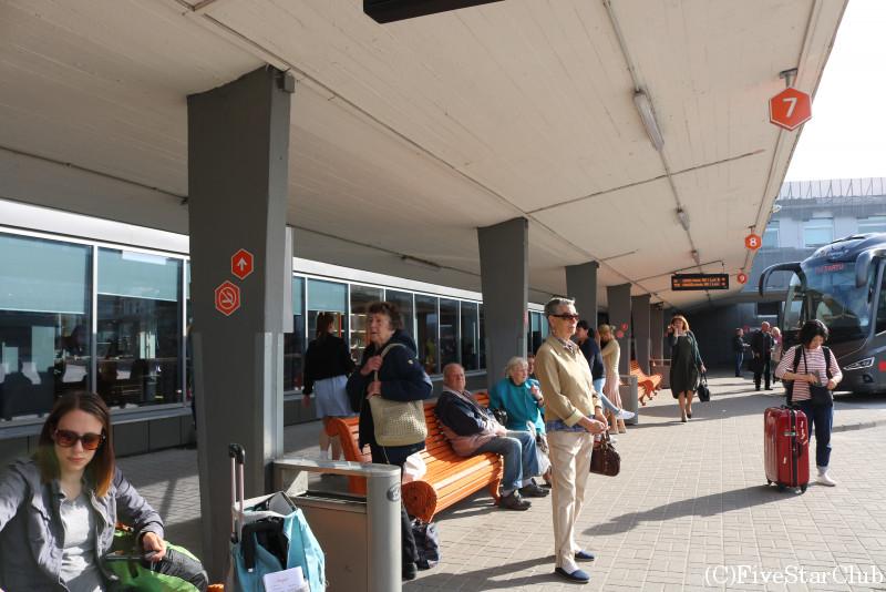 バスターミナル(乗り場)